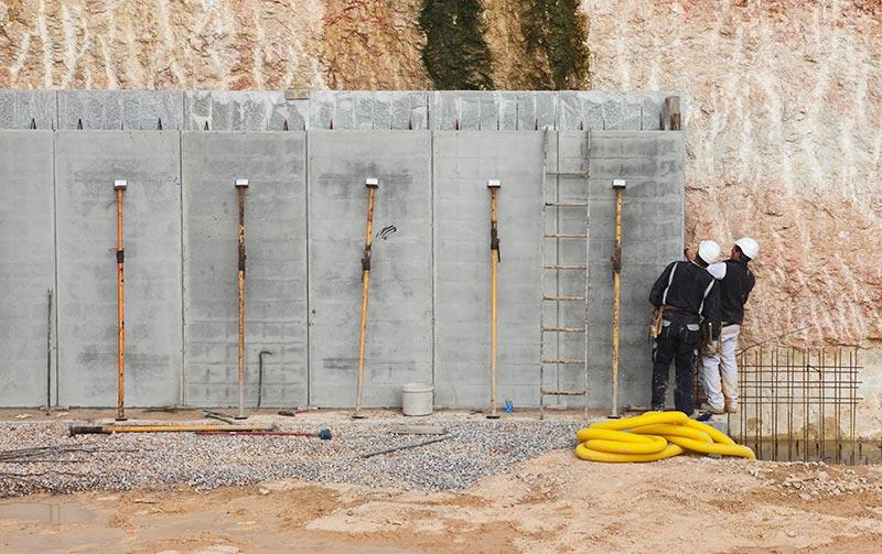 Muros prefabricados de hormigón Roces